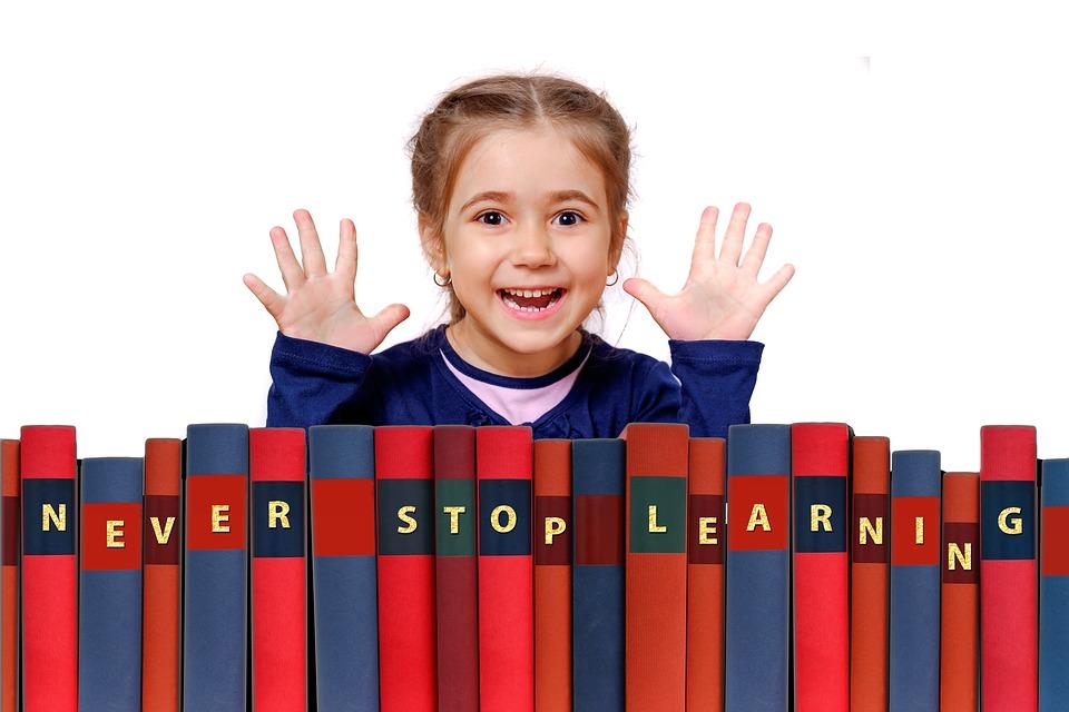 apprentissage langue maternelle enfant