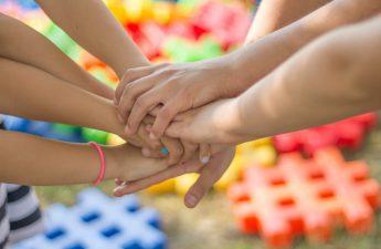 défendre droit instruction famille